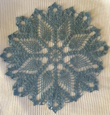 Vintage Hand Crocheted Pineapple Snowflake Doily Blue Delicate Very Pretty