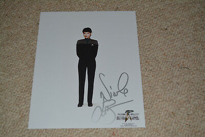 NICOLE DE BOER signed Autogramm 20x25 cm In Person STAR TREK