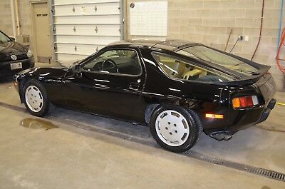1986 Porsche 928 S Very well Maintained. Recently serviced