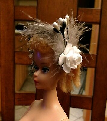 BARBIE HATS FOR VINTAGE BARBIE CLOTHES BEIGE /& WHITE FEATHERED HATBAND