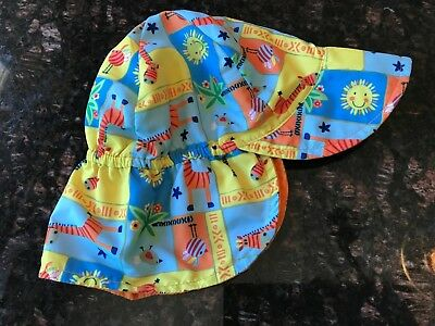 8dc263c6431 I PLAY. BABY Flap Sun Protection Swim Hat White 9-18 Months Hats ...