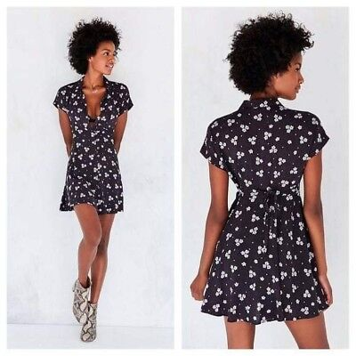 42efb187c37 KIMCHI BLUE URBAN Outfitters Summer Strapless Dress Floral Red Black ...