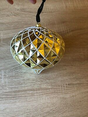 Alison Cork Set Of 4 Oversized gold Baubles Decorations NEW  Christmas