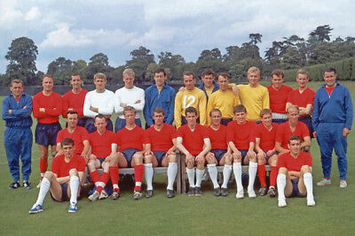*stunning Photo* England 1966 World Cup Squad (Eng-407)