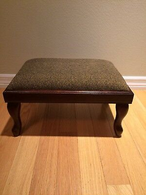 Superb Vintage Bombay Company Foot Stool Dark Wood Queen Anne Beatyapartments Chair Design Images Beatyapartmentscom