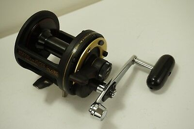 a831d719fe7 Shimano TLD15 Lever Drag Saltwater Conventional Reel Made in Japan MINT