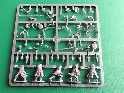 Frostgrave Cultists, 28mm single sprue of 5