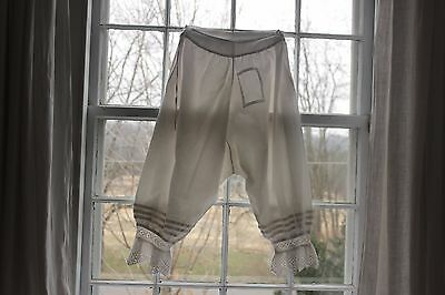 Bloomers Culottes Antique Vintage Cotton French white PATCHED old lace cuffs