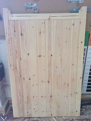 WOODEN GATE PEDESTRIAN TIMBER KENT STYLE SINGLE SIDE