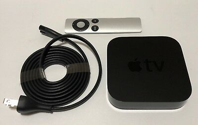Apple TV (3rd Generation) Smart Media Streaming Player with original remote.