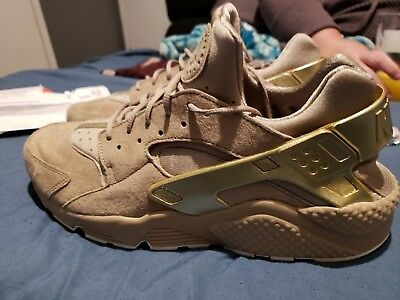 fe69b9e15c0b NEW NIKE AIR Huarache Run Premium 704830-201 Khaki Metallic Gold Sz ...