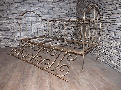 Antique Vintage Victorian French Style Metal Fold Up Cot / Day Bed On Castors