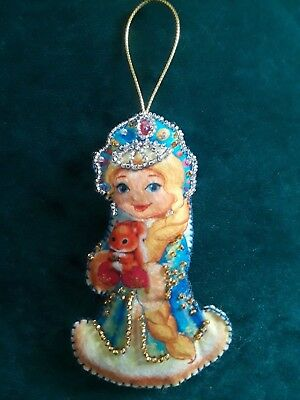 Handmade Embroidery Needle Pin Cushion Snow White Ornament Toy Decoration #12