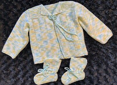 0ce078672 WHITE INFANT KNIT CROCHET Baby Sweater   Booties Unisex (Boy or Girl ...