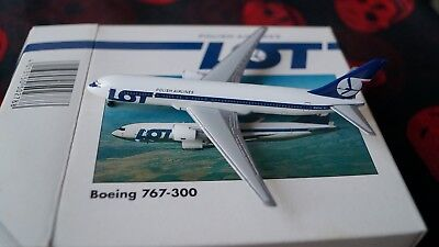 BOEING 767-300-Modellflugzeug-LOT Polish AIRLINES-1:500-Herpa Wings-502788-Polen