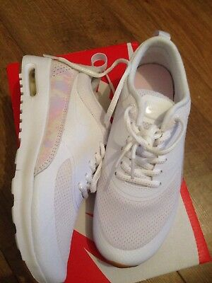online retailer 2a87e 3704c Nike Air Max Thea SE (GS) trainers sneakers 820244 101 Uk Size 3.5 Eur