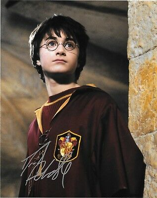 Daniel Radcliffe Harry Potter Movie Star SIGNED Autographed 8x10 Photo COA