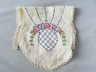 Vintage Table Runner Embroidered Linens Cream Floral Crocheted Lace Trim Oval