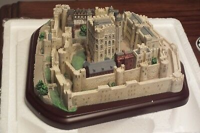 Lenox Great Castles Of The World Tower Of London 1995
