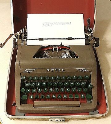 Vintage Royal Typewriter Quiet Deluxe Model Brown Portable With Case & Key