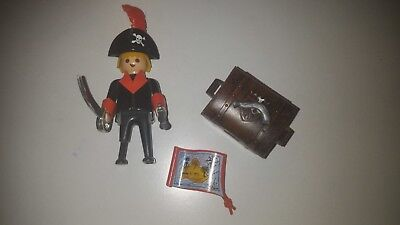 PLAYMOBIL 3385 PIRATE ET COFFRE complet