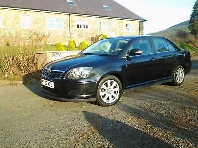 Toyota avensis T3S  2008 great car