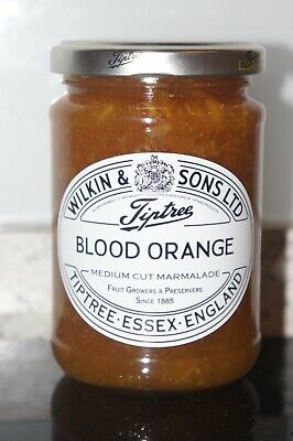 **WILKIN & SONS LTD** Tiptree Blood Orange Medium Cut Marmalade 340g Jar