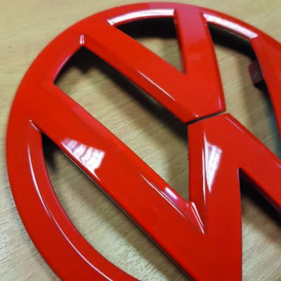 Vw Transporter T6 Front Grille Badge In Red (S0406)