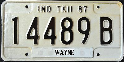 """INDIANA """" TRUCK - Wayne """" 1987 IN Vintage Classic License Plate"""
