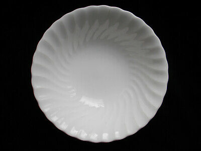 Wedgwood CANDLELIGHT. Cereal or Fruit Bowl. Diameter 6 inches, 15.3 cms