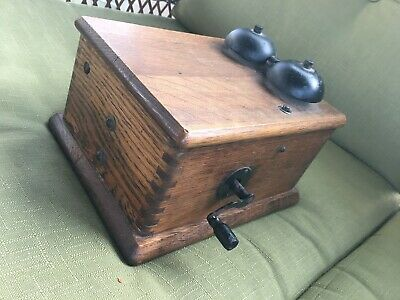 Antique or Vintage Stromberg Carlson Telephone Wooden Ringer Box With Magneto