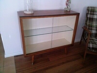 Vintage Glass Display Cabinet..2571