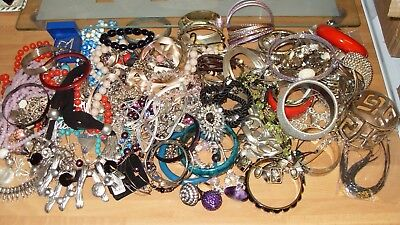 BIG LOT OF COSTUME JEWELLERY INC RINGS,BANGLES,NECKLACES,BRACELETS,ALL GOOD,3Kg.