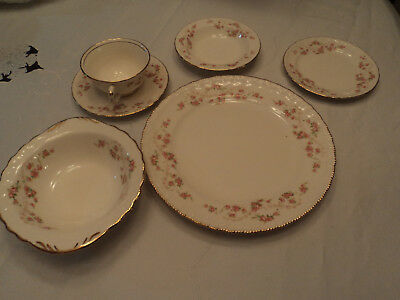 Pope Gosser China Florence pattern: roses, scalloped gold 6 pc place setting