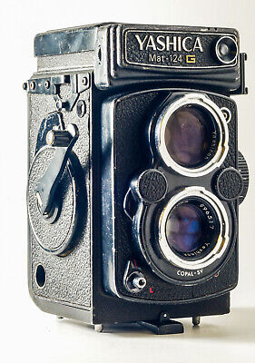 VINTAGE YASHICA MAT-124G CAMERA YASHINON LENS 1:3.5 f= 80mm FOR PARTS AS IS