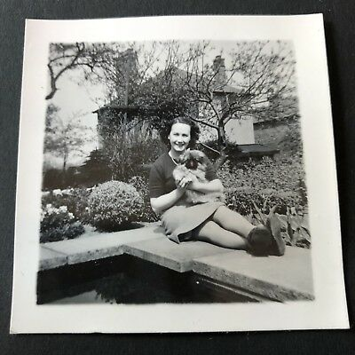 Antique vintage Old Retro photograph Photography 40s Lady With pekingese Dog