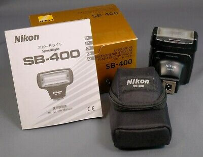 Nikon Speedlight SB-400 Flashgun - virtually unused.