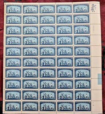 US Postage Stamp 1 Sheet (50) Scott #2153 Social Security Act 1935-85 22 Ct NH