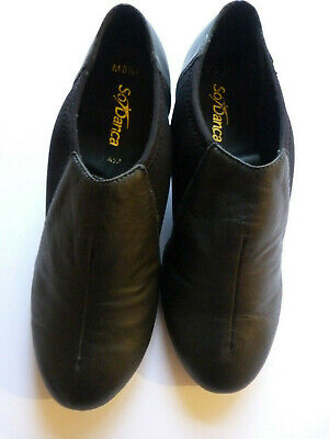 Brand new unworn tap shoes by So Danca.