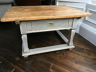 Fabulous solid pine antique vintage painted coffee table with drawer