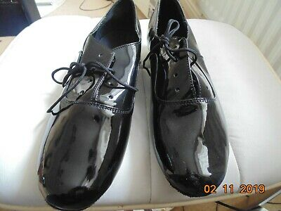 Mens Ballroom Dance Shoes EU44 black patent man made uppers suede soles unused