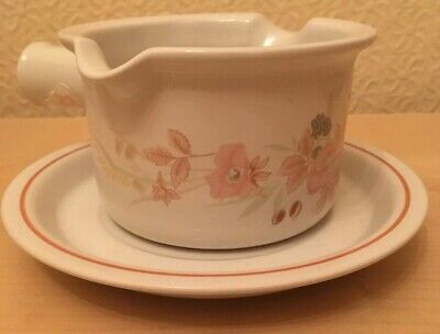Boots Hedge Rose Gravy Sauce Boat with Stand Saucer Excellent Unused Condition