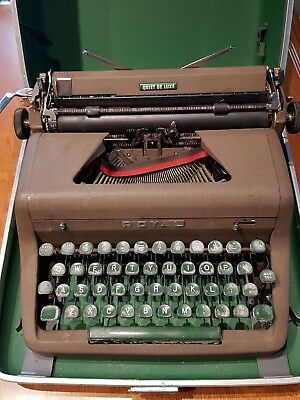Vintage Royal Quiet De Luxe manual portable typewriter with manual