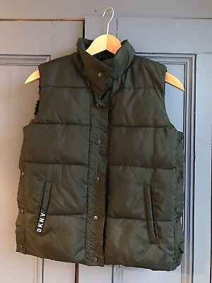 ac31e32a3 DKNY Girls Reversible Padded Gilet Size 9-10 years old excellent conditions