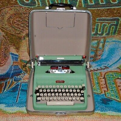 Vintage Green Royal Quiet Deluxe Portable Typewriter with the Case - Works Great