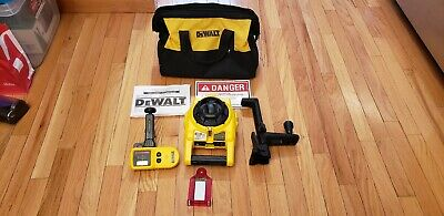 DEWALT DW074 Rotary Laser Level Kit Detector Self-Leveling Horizontal Vertical
