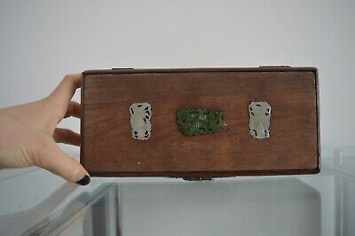 Old wood chinese jewel case with jade inserts ,19th - Scatola portagioie