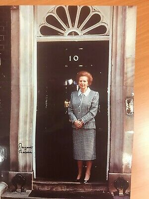 Margaret Thatcher signed superb 16 x 12 picture with COA