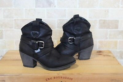 Black Faux Leather Western Cowboy Ankle Boots Size Small 3 / 36 By Rocket Dog