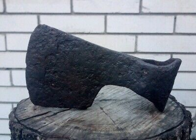 Bearded antique (17,5 cm long, 840g) Viking battle axe 8-10 AD #244
